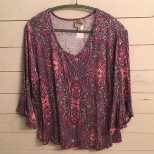 NEW Coming vintage floral paisley bell sleeve top